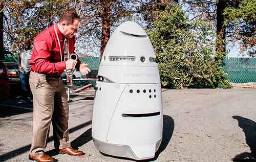 K5 Knightscope  robot