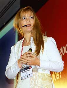 María Isabel Hayes, subgerente de riesgo de continuidad de negocio de Americatel.