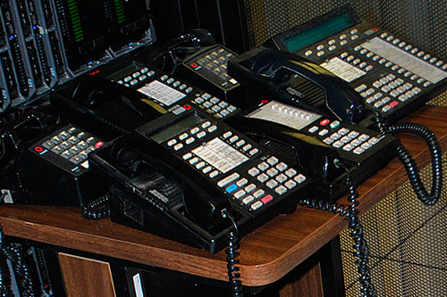 adiós teléfonos de escritorio