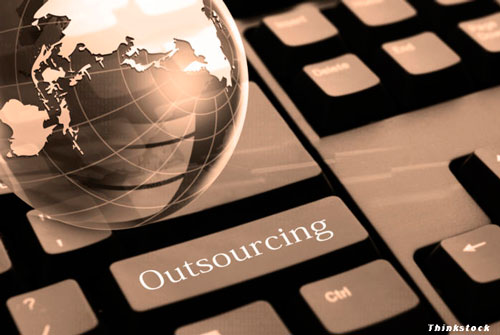 outsourcing, cloud